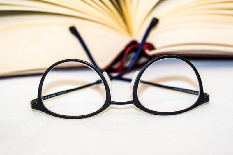 jak dobrać oprawki na okulary