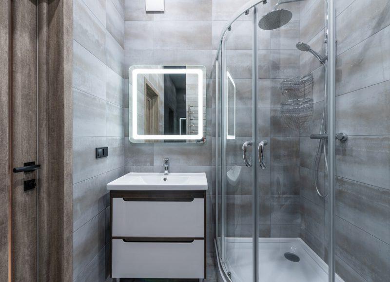 Jak zamontować kabinę prysznicową?